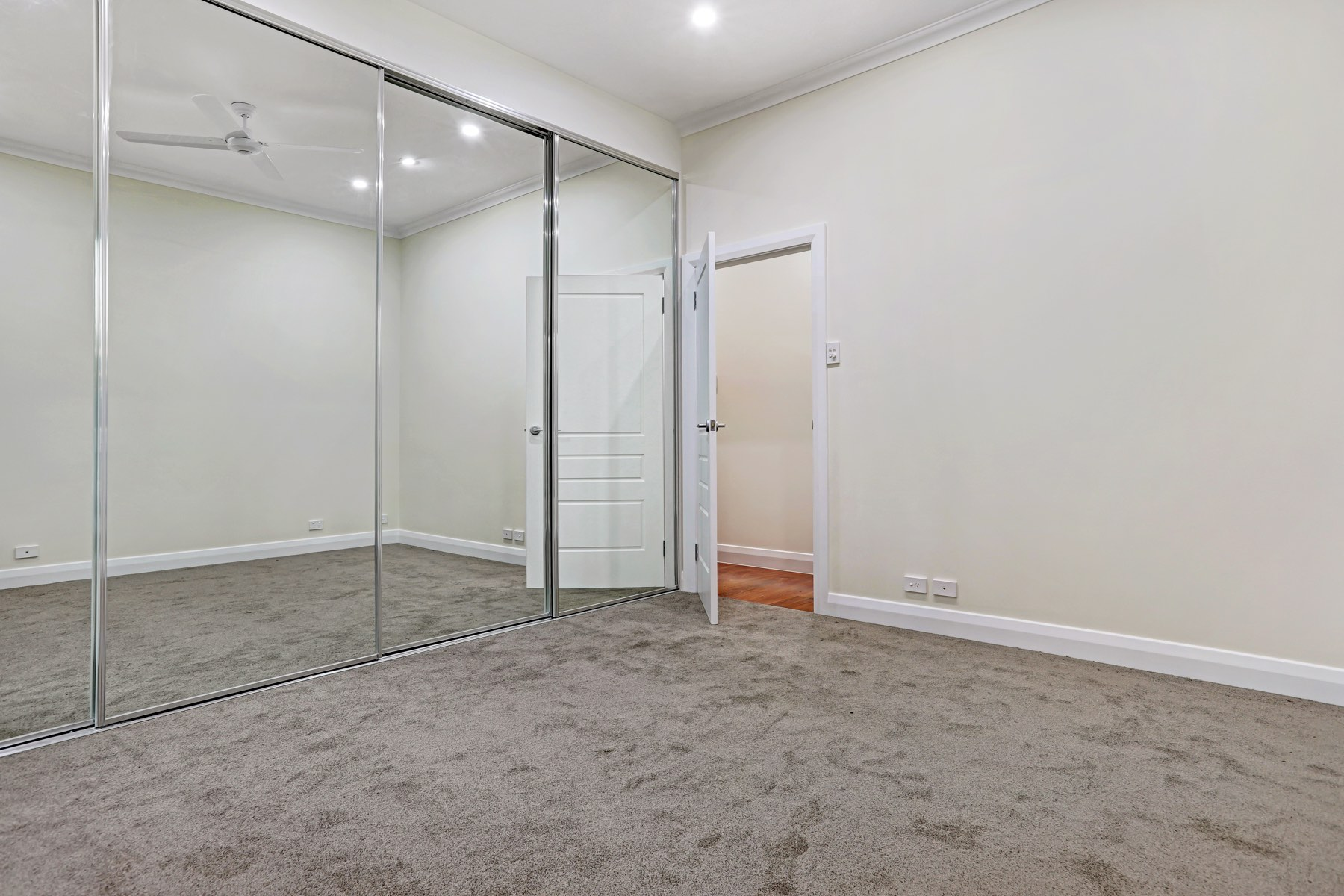 12 Lowan Ave (26 of 31)